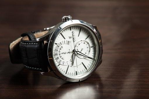 szwajcarskie zegarki damskie